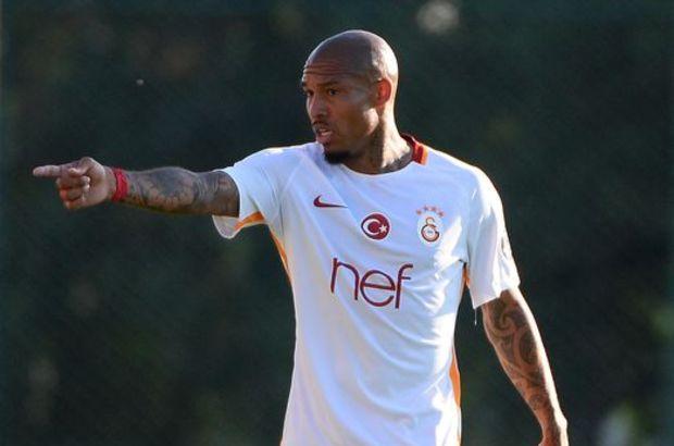 Galatasaray'da Nigel De Jong artık 11 oyuncusu