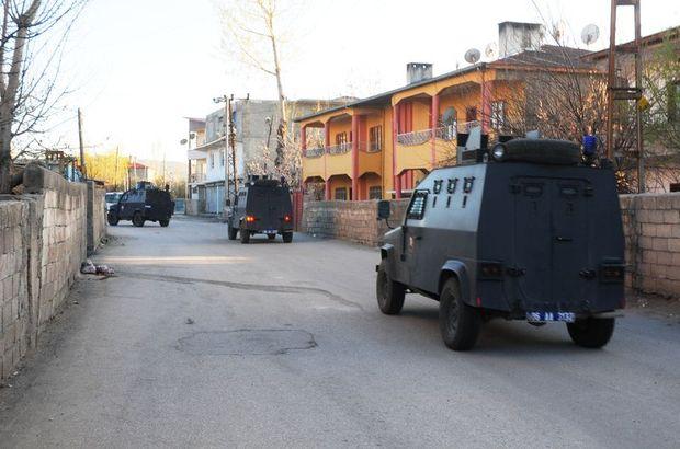 Van zırhlı araç devrildi 3 asker yaralı