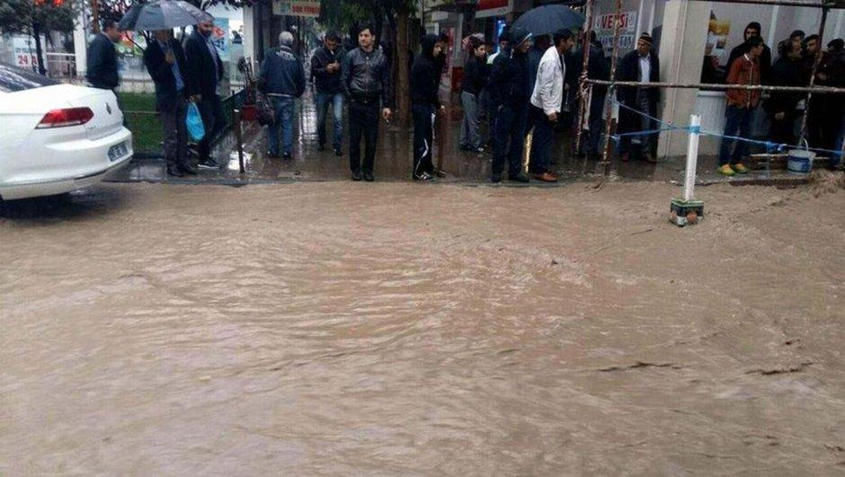 Siirt sağanak yağış su baskını