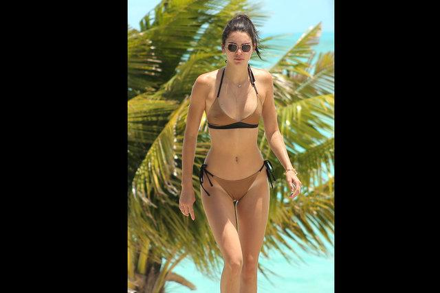 Kendall Jenner balerinleri kızdırdı