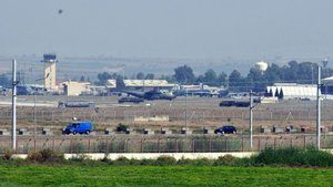 İncirlik'ten kalkan Alman keşif uçakları Erbil'e zorunlu iniş yaptı