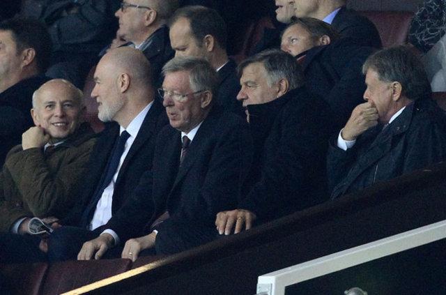 Fenerbahçeli yöneticiler, Alex Ferguson'la görüştü