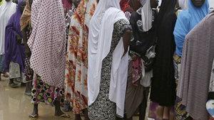 Boko Haram'dan kaçan kadın ve kız çocukları, kampta da cinsel istismara uğradı