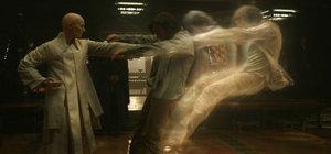 Doctor Strange: Öykü bahane, efektler şahane