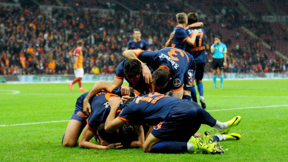 Medipol Başakşehir Galatasaray Fransa