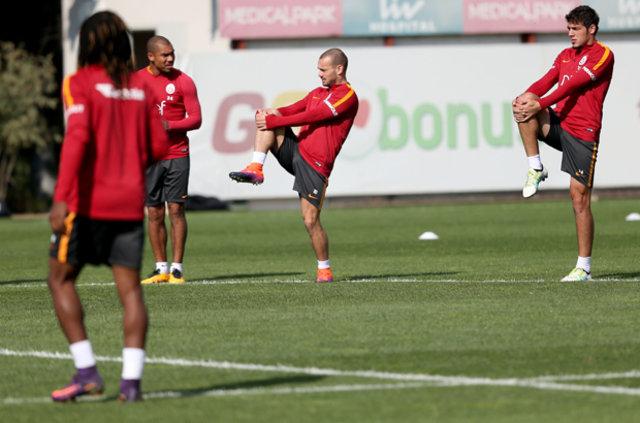 Galatasaray'da Muslera ile Sneijder nasıl birbirine girdi?