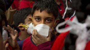 Hindistan'da hava kirliliği yüzünden okullar tatil ediliyor