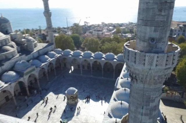 400 yıllık tarihi Sultanahmet Camisi'nin minare restorasyonu tamamlandı