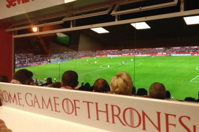 Game Of Thrones ekibi, Sevilla - Barcelona maçını izledi