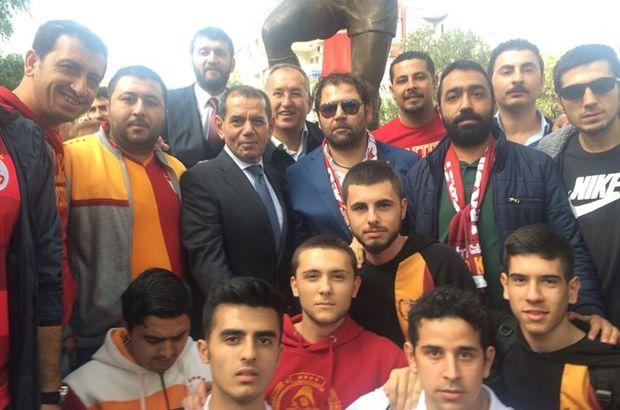 Metin Oktay'ın heykeli açıldı
