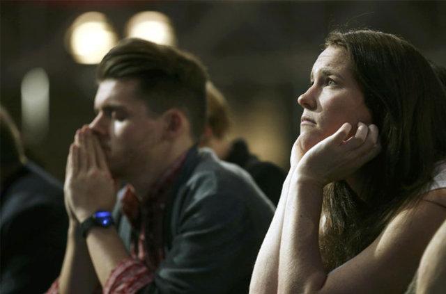 Hillary Clinton taraftarları gözyaşlarına boğuldu