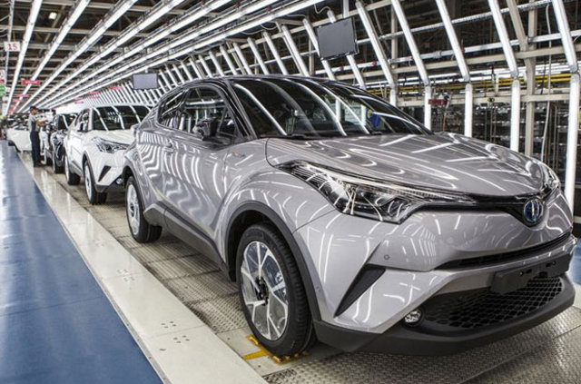 Toyota ilk hibrit aracını Türkiye'de üretti