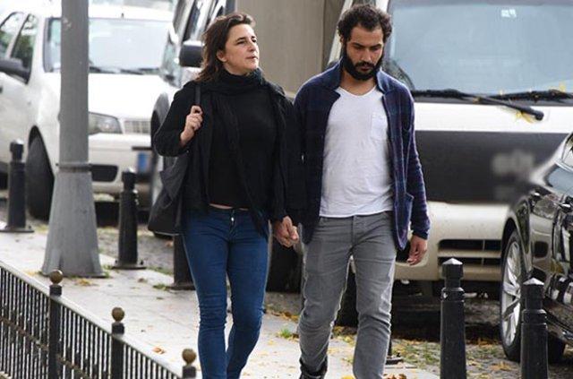 Esra Dermancıoğlu sevgilisi Ömer Güneş'le el ele yakalandı