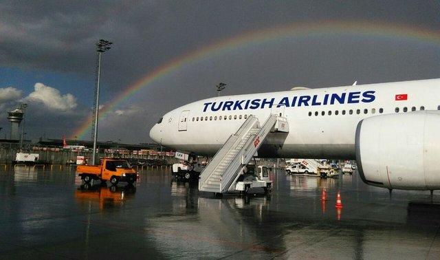 İstanbul'da yağmur sonrası gökkuşağı