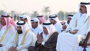 Katar ve Suudi Arabistan birlikte yağmur duası yaptı