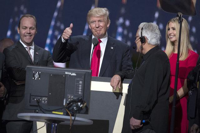 ABD Başkanı Donald Trump'ın ekonomi ekibi milyarderlerden oluşuyor