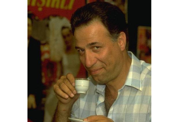 Ali Sunal babası Kemal Sunal'a duygusal paylaşım