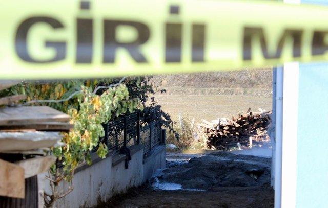 Tekirdağ'da su kuyusundan doğalgaz çıktı