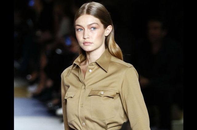 """""""Gigi Hadid, bir tasarımcının defilesinde tek kıyafet giymek için 150 bin dolar alıyormuş."""""""