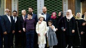 Cumhurbaşkanı Erdoğan'ın ailesi 15 Temmuz şehidinin ailesini yalnız bırakmadı