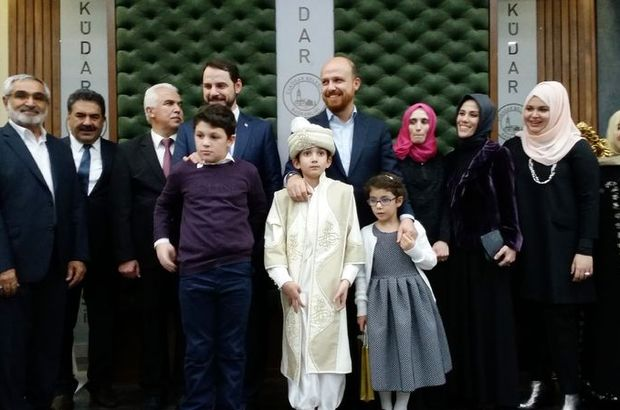 Cumhurbaşkanı Recep Tayyip Erdoğan'ın ailesi sünnet düğününde 15 Temmuz şehidinin oğulları