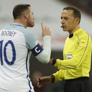 Cüneyt Çakır Rooney'i çıldırttı!