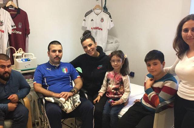 Yeşim Salkım'dan maganda kurbanı Ahmet Emre Çavuş'a destek
