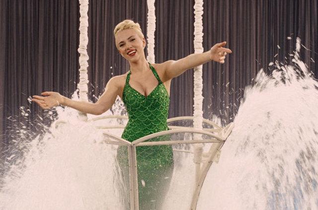 Scarlett Johansson'un yeni görüntüsü şaşırttı