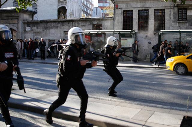 Şişli'de protestoya polis müdahale etti