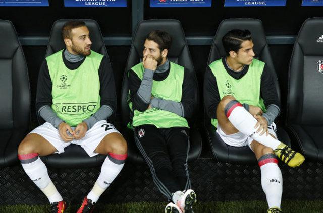 Feda sezonunda takımın öncülerinden olan Beşiktaş'ta Olcay Şahan, son haftalardaki kötü performansı yüzünden taraftarın hışımına uğradı