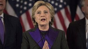 Hillary Clinton yenilgisinden dolayı FBI'ı suçladı