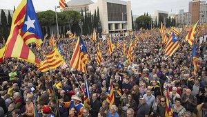 Barcelona'da ayrılıkçı Katalan siyasetçilere destek gösterisi