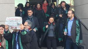 50 avukat Cumhuriyet'e yürüyor