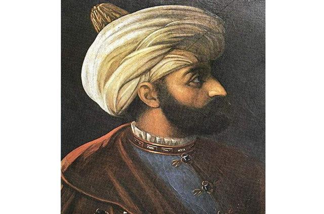 """Mustafa Alp Dağıstanlı: """"Şehzadeler sakal bırakmazdı, Kösem'in kızları 6 kez evlendi"""""""