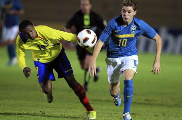 Fenerbahçe'ye süper Brezilyalı: Adryan