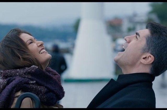 İşte Özcan Deniz'in yeni aşkı Afra Saraçoğlu mu?
