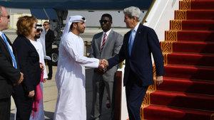 ABD Dışişleri Bakanı Kerry, BAE'de