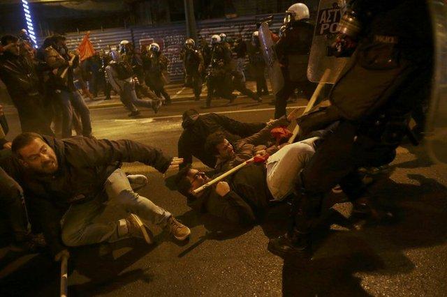 Atina'da Obama isyanı!