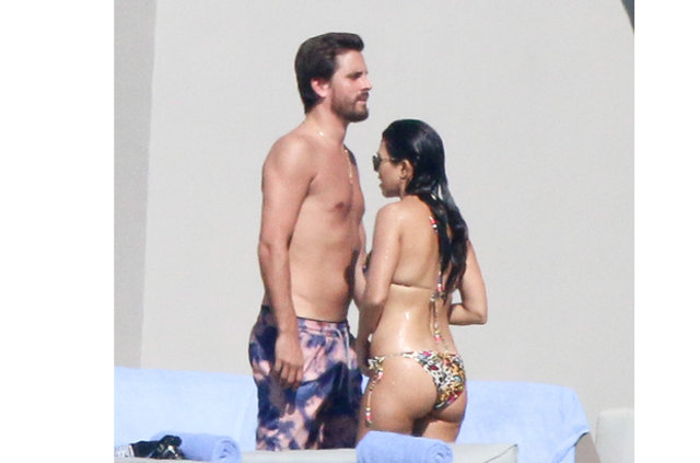 Kourtney Kardashian ve Scott Disick tatilde