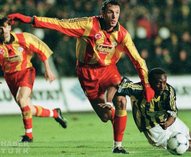 Fenerbahçe - Galatasaray derbilerinin en özel kareleri