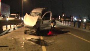 Ataşehir'de polisten kaçan zanlılar TEM'de kaza yapınca yakalandı