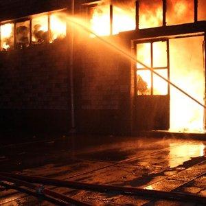 Sinemada yangın çıktı: 4 ölü