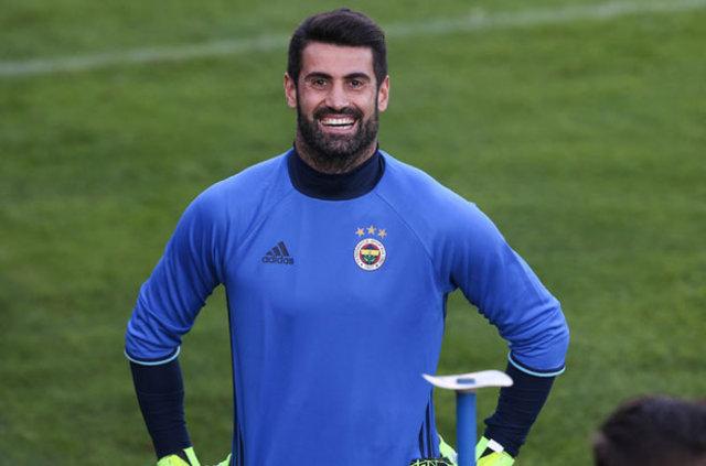 İşte Fenerbahçe - Galatasaray derbisinin 11'leri!...