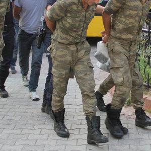 TSK'dan ihraç edilenlerin sayısı açıklandı