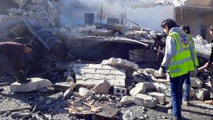Halep'in Türkiye sınırındaki Azez'de bombalı saldırı: 10 ölü