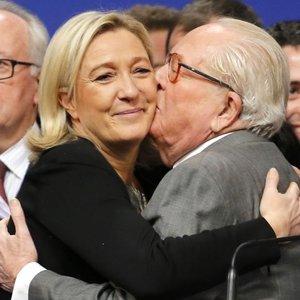 Le Pen ihraç edildi
