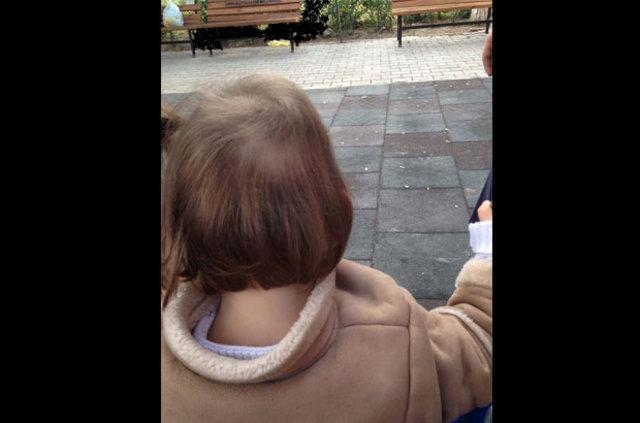 Azra Nur Tiryaki rahatlamak için saçlarını kopartıp yiyor!