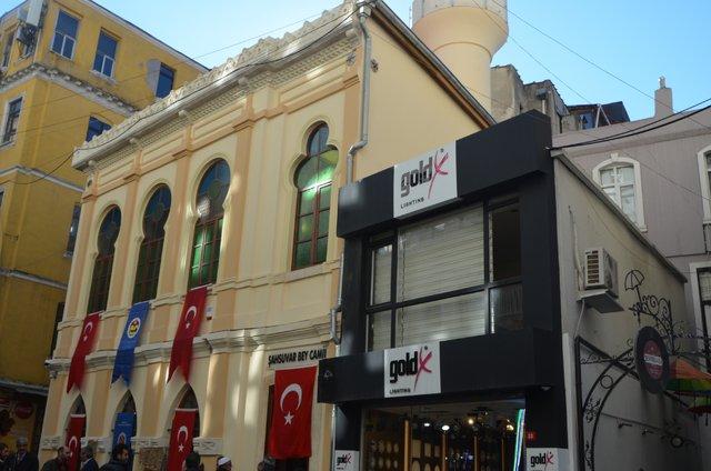 Tarihi Şahsuvar Bey Camisi ibadete açıldı