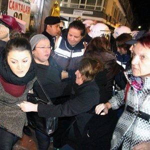Samsun'da açıklama yapmak isteyen 12 kadın gözaltında