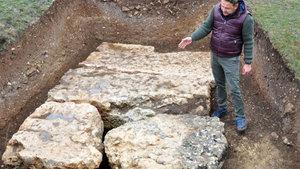 Kastamonu'da dev mezarların altından çıktı!